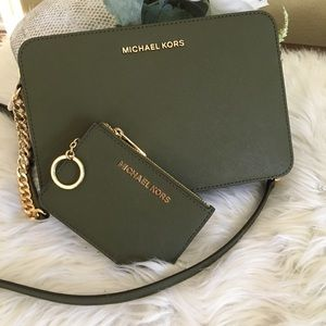 Michael Kors jet set crossbody with coin ID holder